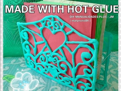 DIY hot glue napkins holder♥DIY servilletero de silicona caliente