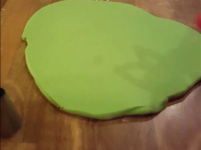 How to make weeds.marijuana smoking leaf edible cake topper,tutorial