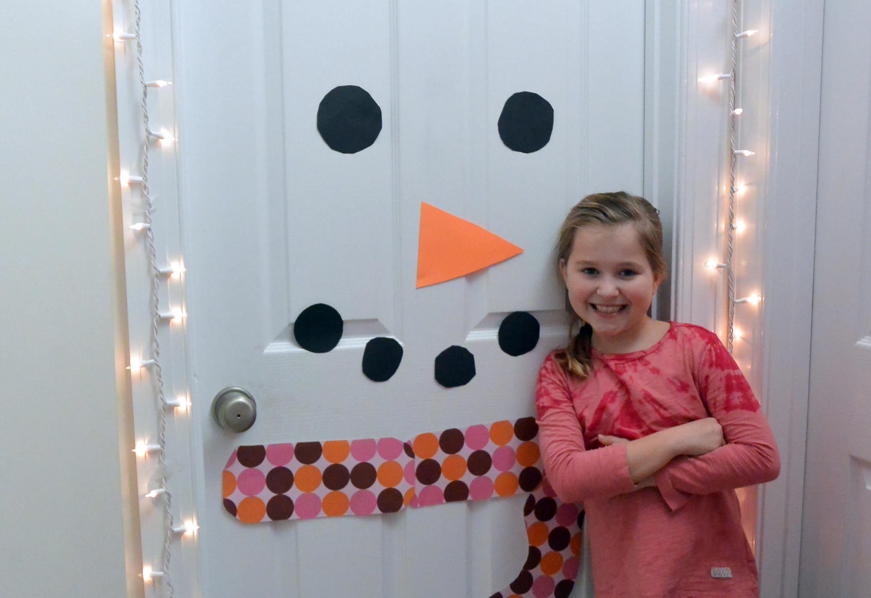 How to Make a Snowman Door Decoration
