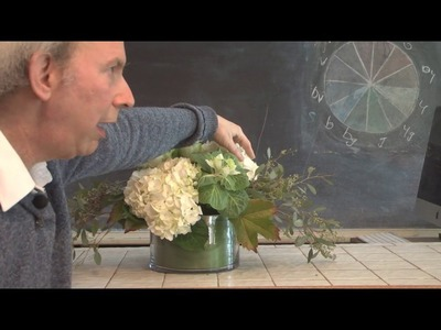 A Step-by-Step Floral Centerpiece For The DIY Bride