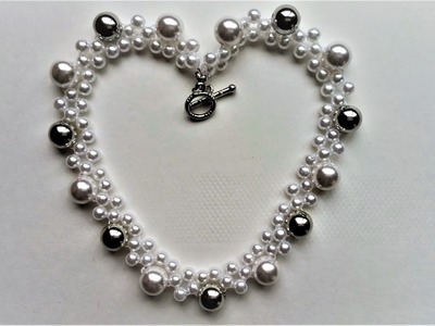 DIY easy pearl necklace. Handmade jewelry making