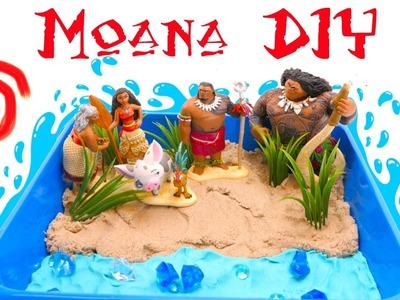 Moana Shiny Beach DIY! Learn to make a Beach Scene with Kinetic Sand, Play-Doh and Gems! Maui joins!
