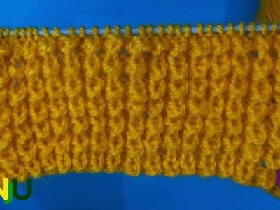 Crocodile back | knitting patterns | single color sweater design