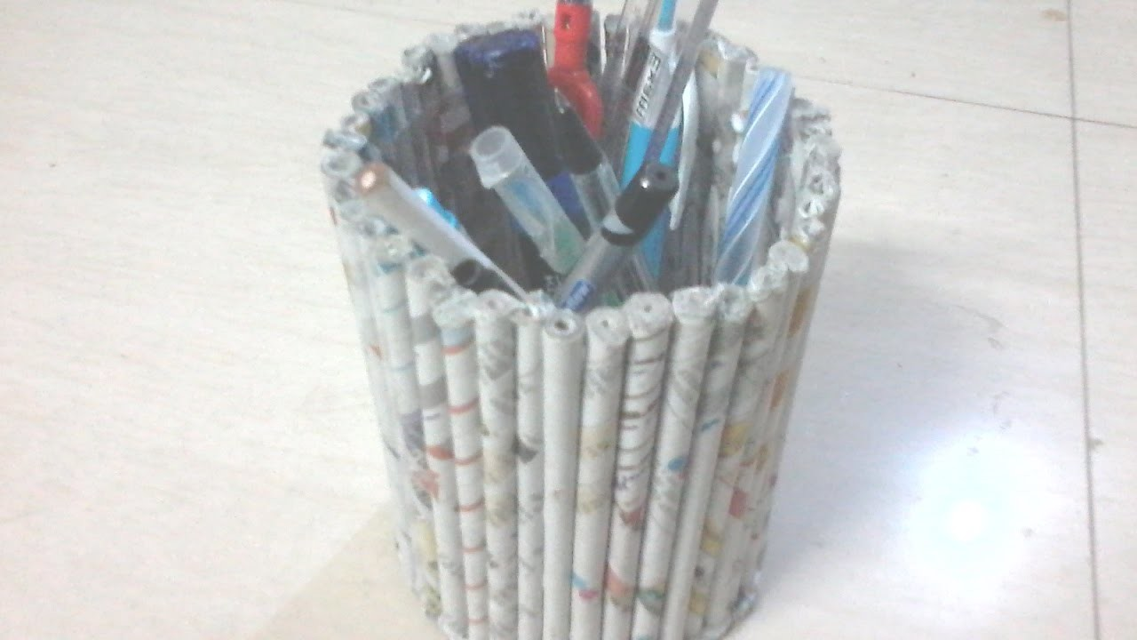 Diy how to make pen stand using news paper tubes rolls for Best out of waste with paper