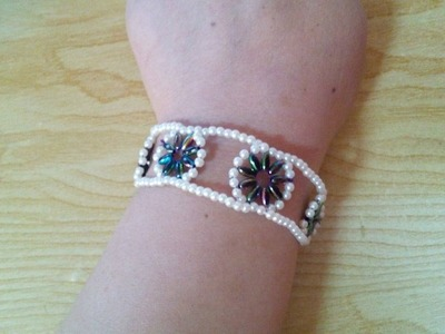 DIY Jewelry Making - How to Make a Flower Beading Bracelet + Tutorial !