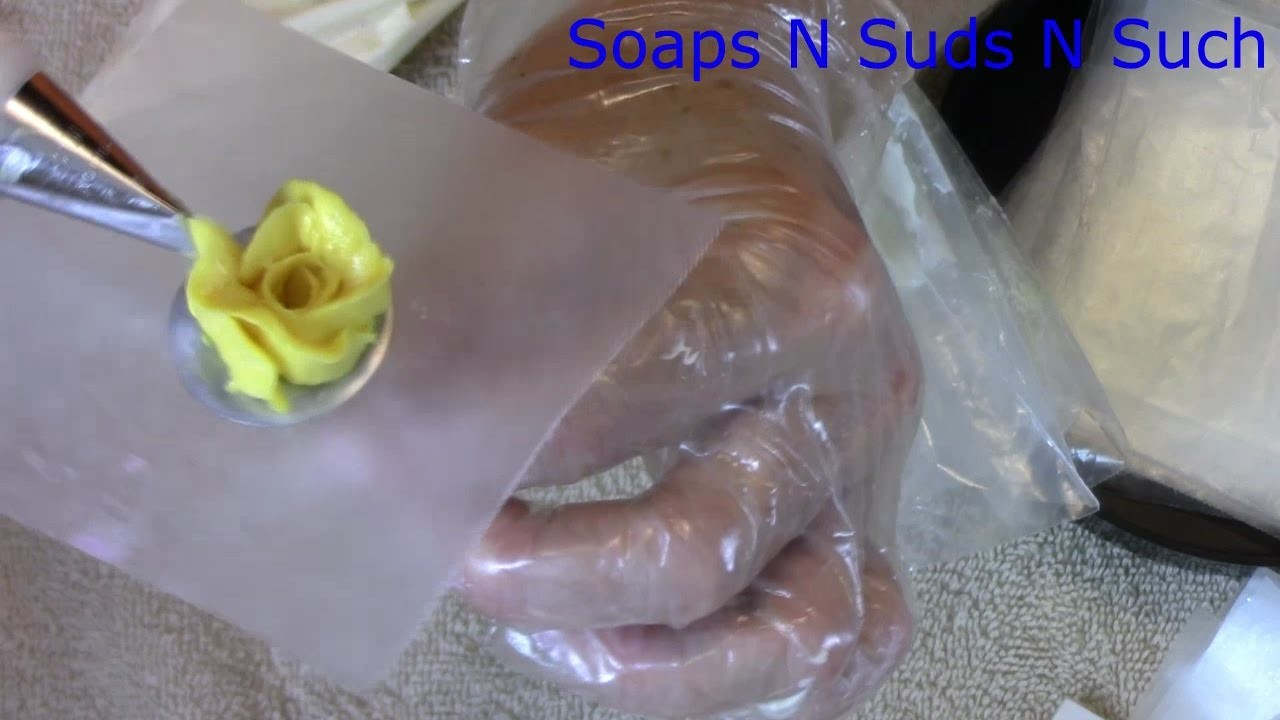 Piping cold process soap flowers, How to pipe water flowers, Tutorial, DIY instructions