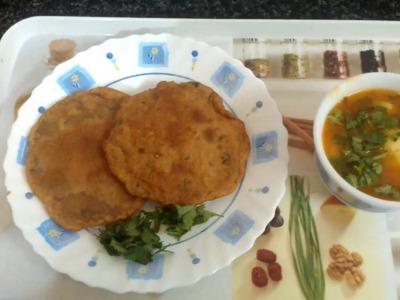Singhare ki Puri recipe || how to make singhare ki puri || Navratri fasting recipe