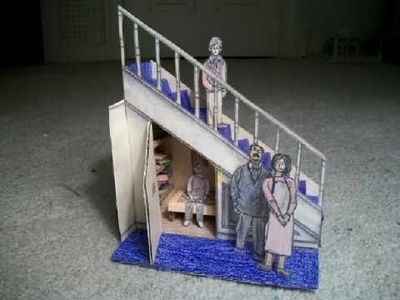 Paper Model of The Cupboard Under the Stairs (Harry Potter)