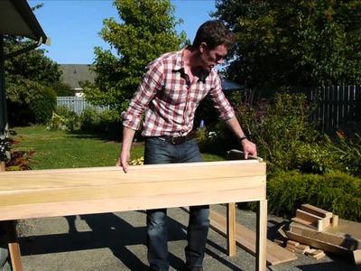 The Cedar Raised Garden Center - Planter Review & Assembly at Eartheasy.com