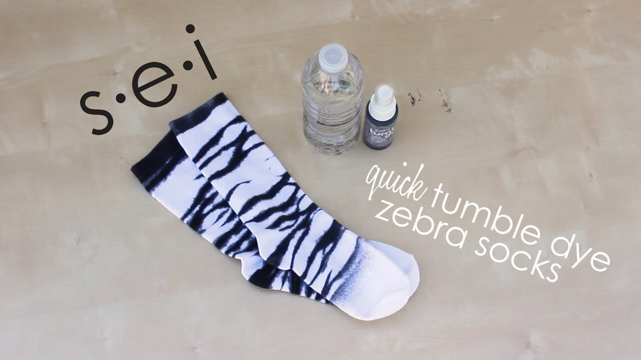 Diy zebra socks tutorial sei crafts my crafts and diy for Sei crafts tumble dye