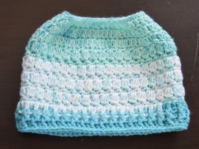 Messy bun hat. ponytail hat (top to bottom)crochet in English