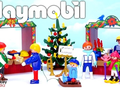Playmobil Christmas Market! Family Fun in the Snow!
