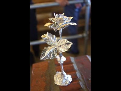 How to make an aluminum foil palm tree