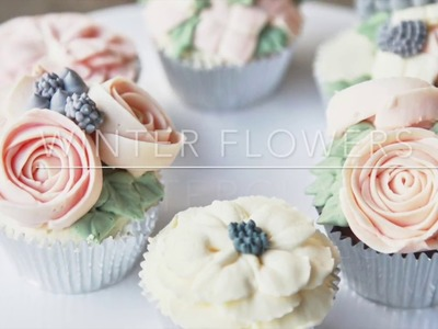 BAKECOOKSTEPS.COM: How to decorate with Buttercream flowers - Winter themed