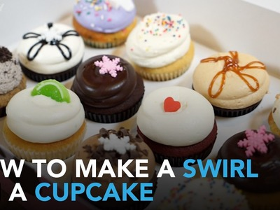 St. Valentine's Day Cupcakes: How to Make the Perfect Swirl | WHOSAY