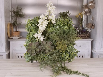 Floristry Tutorial: How to Create a Foliage Wall with Fresh Orchids