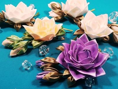 Ribbons or fabric kanzashi rose.Rose kanzashi de tela o cintas.Роза канзаши из лент или ткани