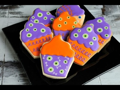 MONSTER EYES AND BONES CUPCAKE COOKIES FOR HALLOWEEN, HANIELA'S