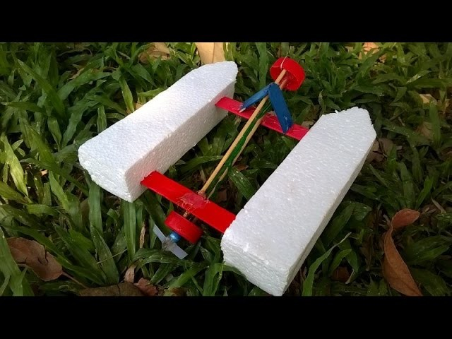 How to make a Rubber Band Powered Boat V2.