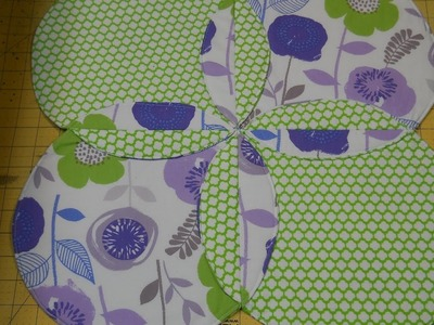 How To Make A Spring Table Topper