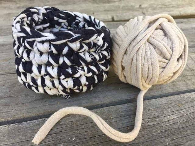 T-shirt Yarn DIY - How to Make T-Shirt Yarn