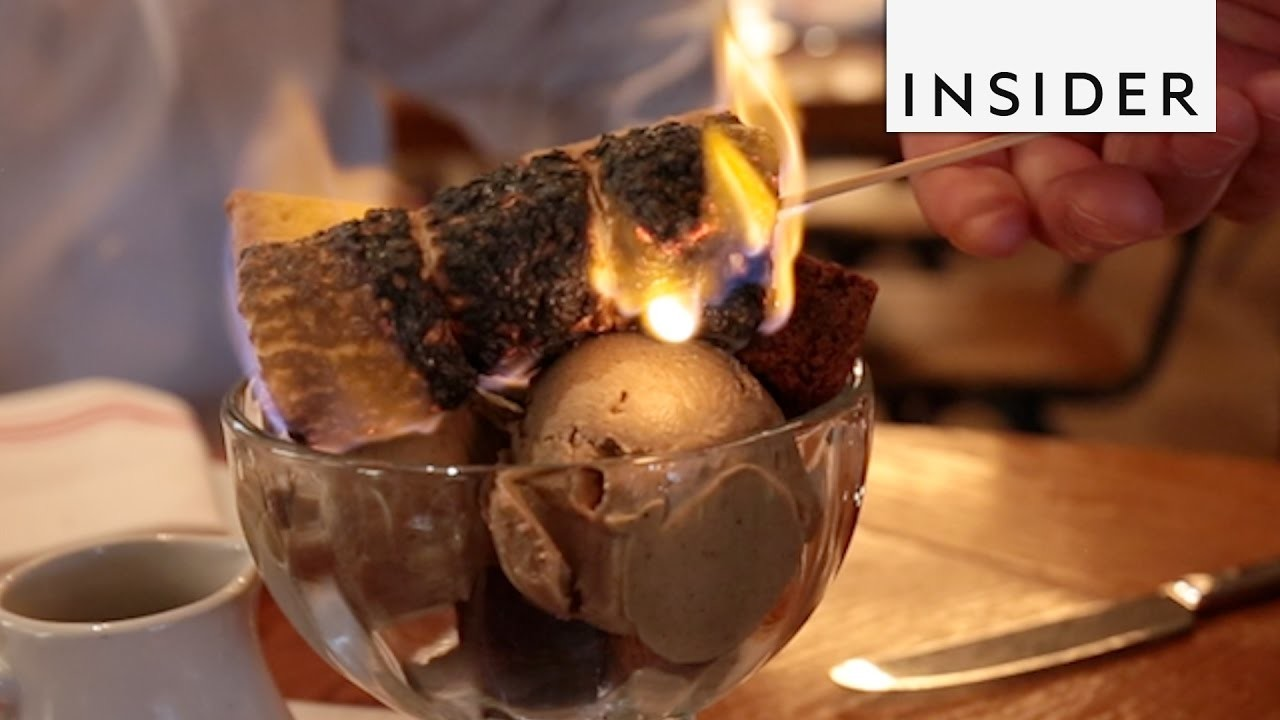 How to Make a S'mores Sundae With Marshmallow Ice Cream