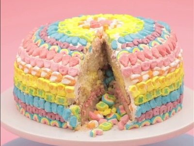 How to DIY a Lucky Charms Cake