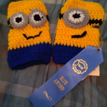 Award winning hand crocheted fingerless minnon mittens