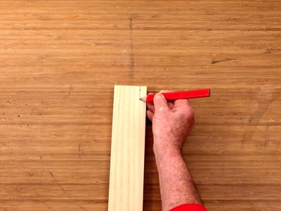 Learn How To Mark A Cut Line Without A Ruler - D.I.Y. At Bunnings