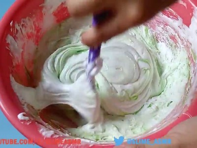 Make slime with glue and shaving cream for 5 minutes