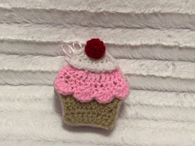 Crochet and fabric cupcake mini album ( sneak peak)