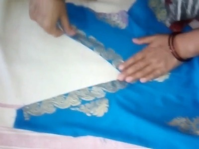 How to Make V-Shaped Neckline in Front Part of Kurti | in Hindi at Home | Easy & Simple Method