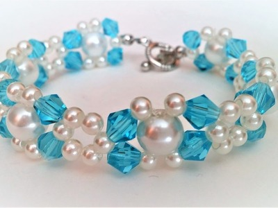 Instructions on How to Make a Blue Beaded Bracelet with a simple pattern