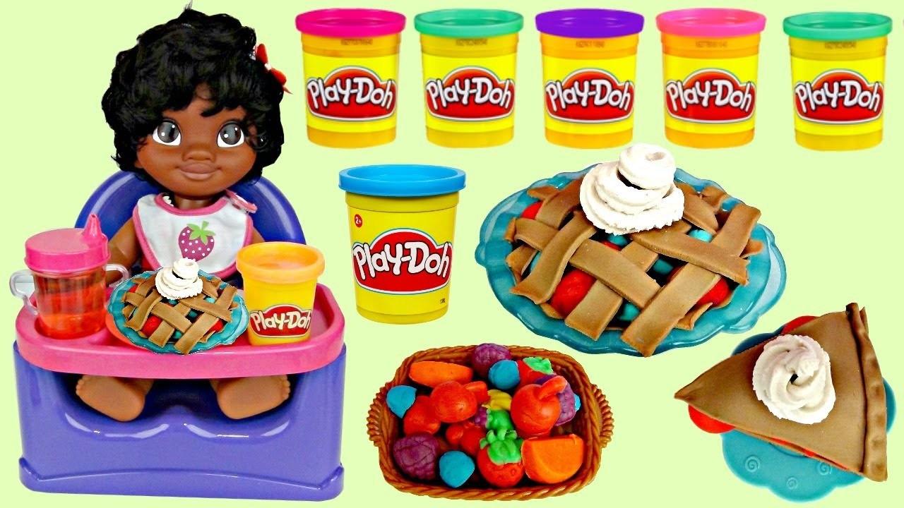 Disney Little Baby MOANA Eat Food, Dessert Play-doh Playful Pies Kitchen DIY Creation, Maui. TUYC