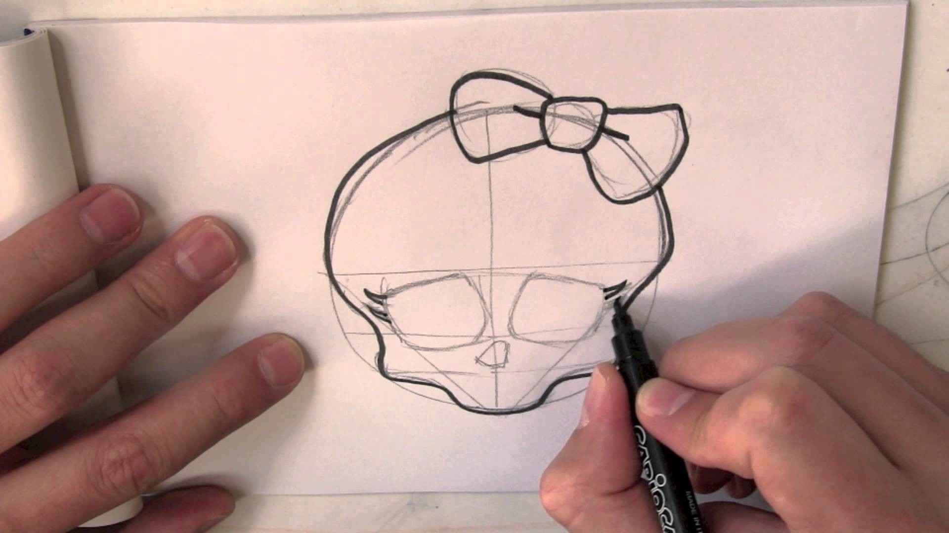 How to draw the Skull from Monster High step by step