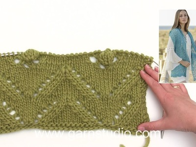 How to knit the lace pattern in the scarf in DROPS 177-30
