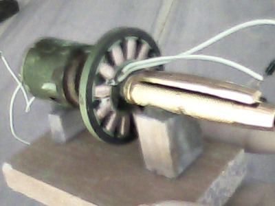 How to make an Electricity Generator from old HDD motor