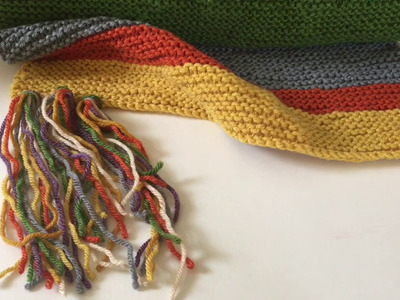 More Knitting and Doctor who Tassel Tutorial
