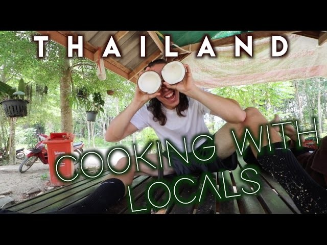 BEST COOKING CLASS IN THAILAND | How to make sticky rice with bamboo | Travel Vlog Ep. 15