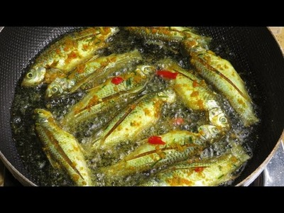 Fried Small Fish Recipe In Cambodia | How To Make Spicy Fried Fish