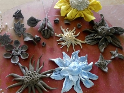 10 Artful Paper Clay Tutorial 1: How to Sculpt a Simple Flowers d.i.y