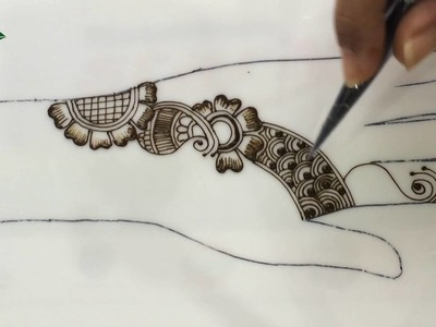 Tutorial 9 : Case study: How to practice and improve your henna art