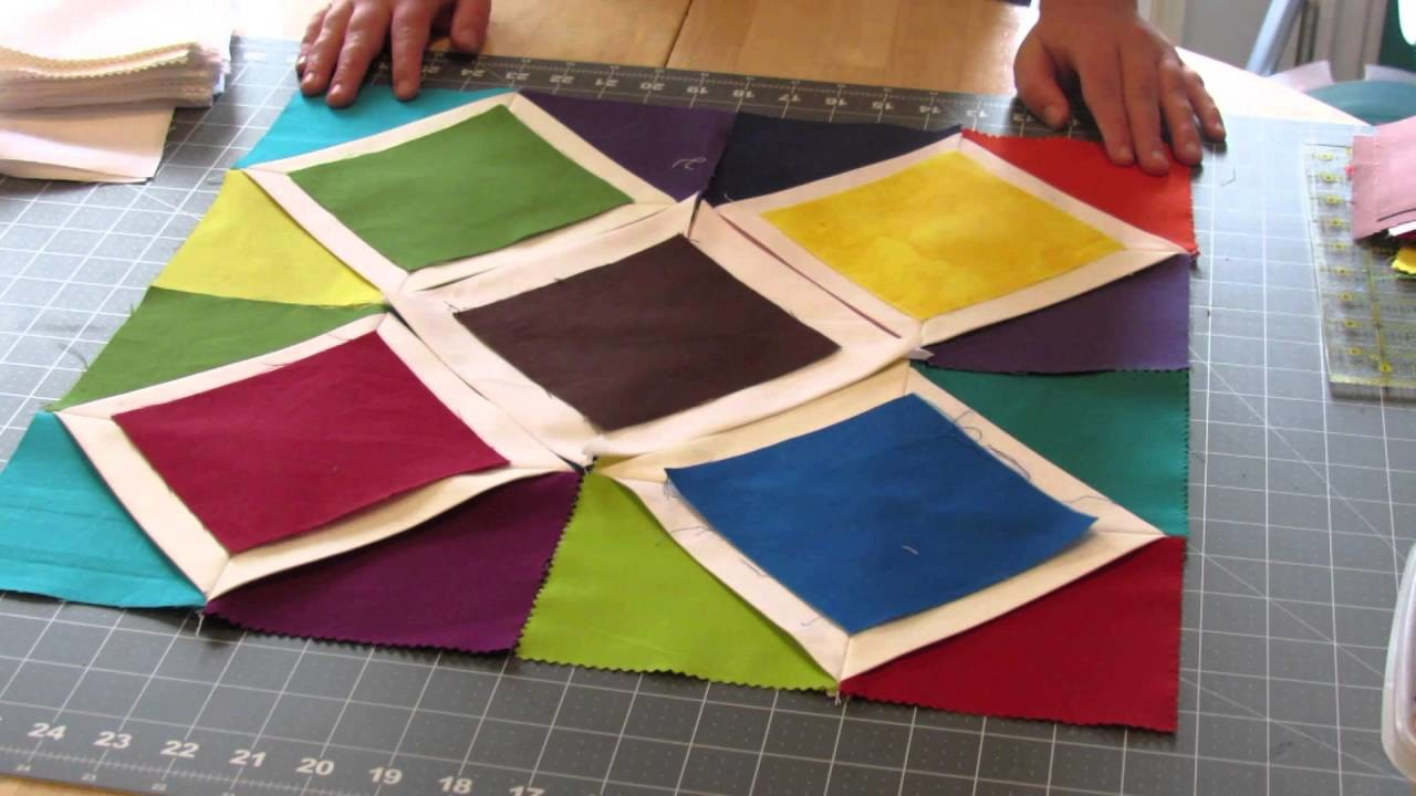 Cathedral Window Wallhanging Quilt Tutorial