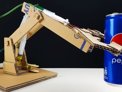How to Make Hydraulic Robotic Arm from Cardboard!