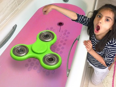 FIDGET SPINNER Toy in Toilet Water Tub, Accident Will Happen Fast - DIY Fidget Spinners Tricks