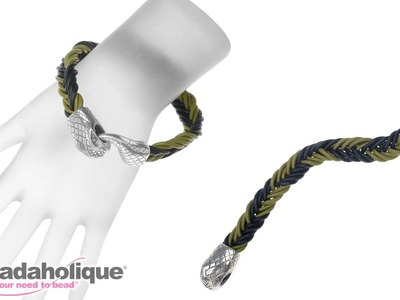 How to Make a Fishtail Bracelet Using Round Leather Cord