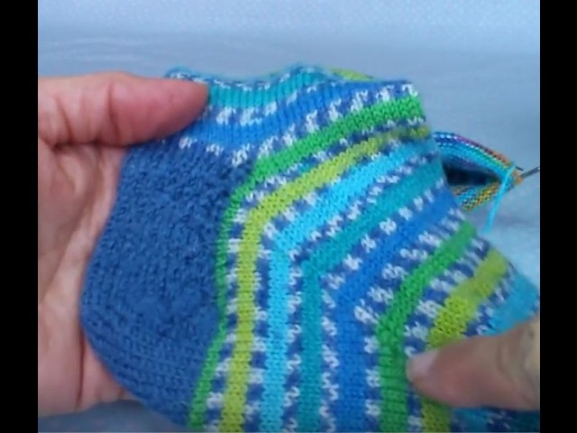 """Sock heel flap tutorial on 9"""" circulars -part 3"""