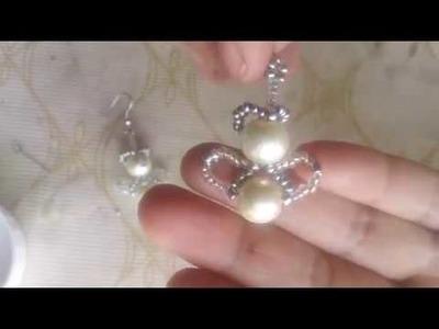 Aretes de angelitos de perlas y chaquiras
