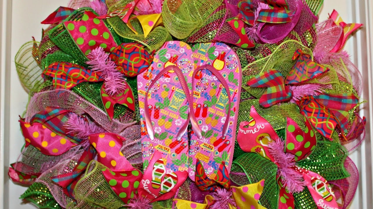 How to make a colorful deco mesh flip flop wreath poof and ruffle, My Crafts and DIY Projects