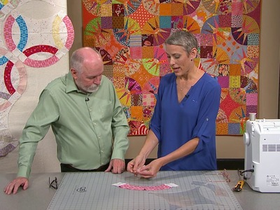The Quilt Show: Victoria Findlay Wolfe Gives Tips for Curved Piecing